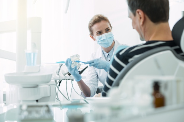 Questions to ask before you accept a contract position: dentist's office